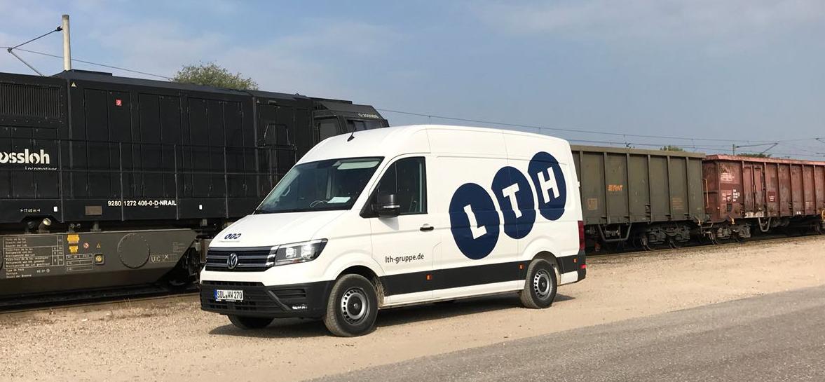 Leistungen Waggonwerkstatt - Der firmeneigene Volkswagen Crafter der LTH Gruppe und Waggonwerkstatt.